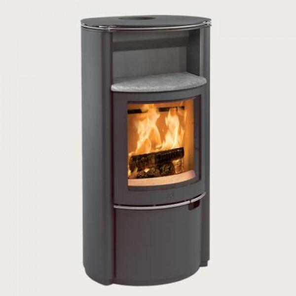 scan 40 kaminofen schwarz mit backfach kaminsales24 kamine grills kaufen. Black Bedroom Furniture Sets. Home Design Ideas